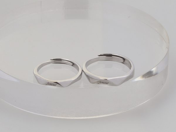 couple ring engrave name