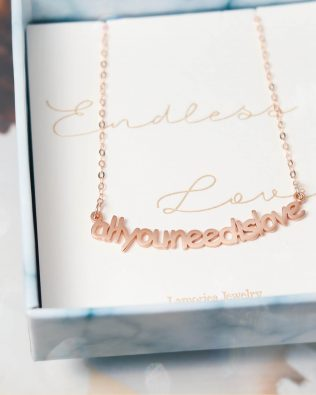 Smiling Style Name Necklace Sterling Silver