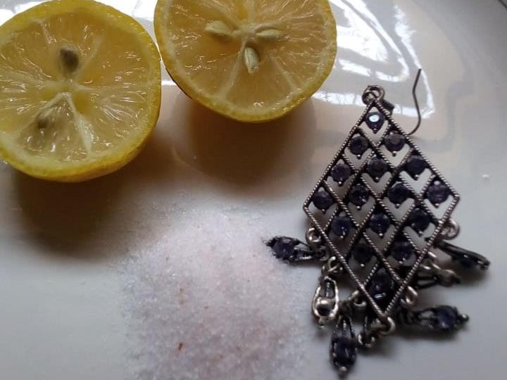 Clean Silver Jewelry Lemon and salt 7