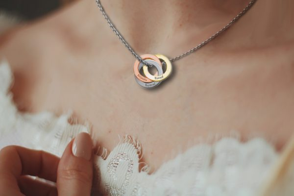 Personalized lucky tricolor ring necklace model