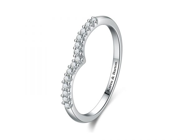 Wishbone-V-shaped-diamond-ring