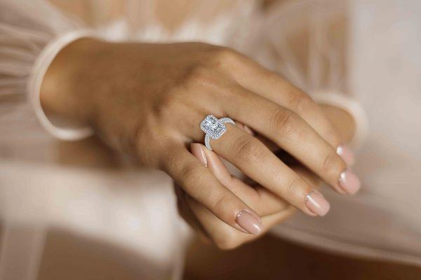model square sparkle ring