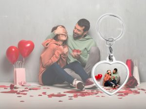 personalized love photo keychain BG