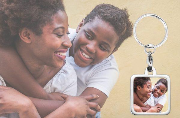 personalized square photo keychain BG