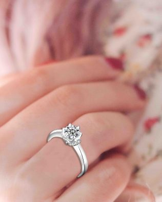 Angel's Kiss Promise Ring